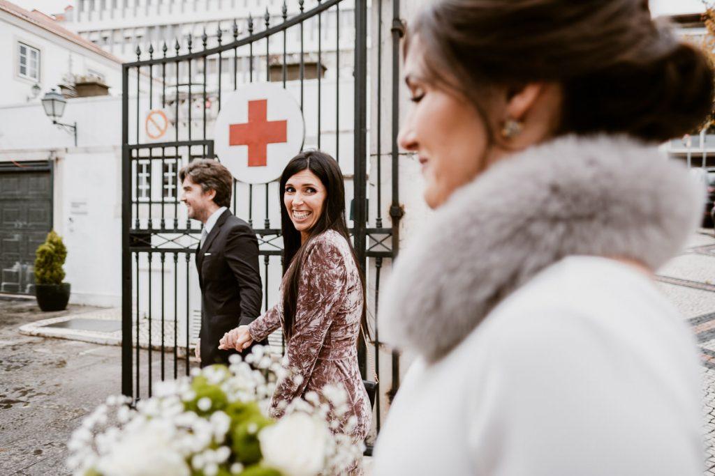 casamento no palacio da cruz vermelha noiva chega