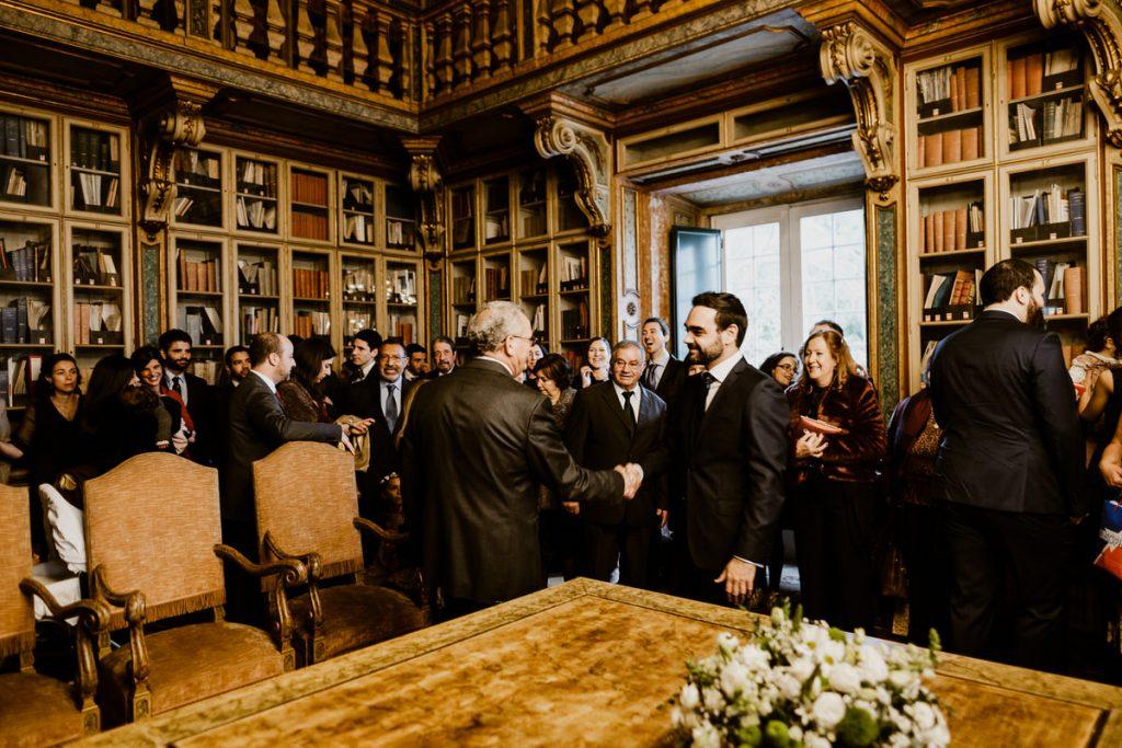 casamento no palacio da cruz vermelha noiva chega com o pai
