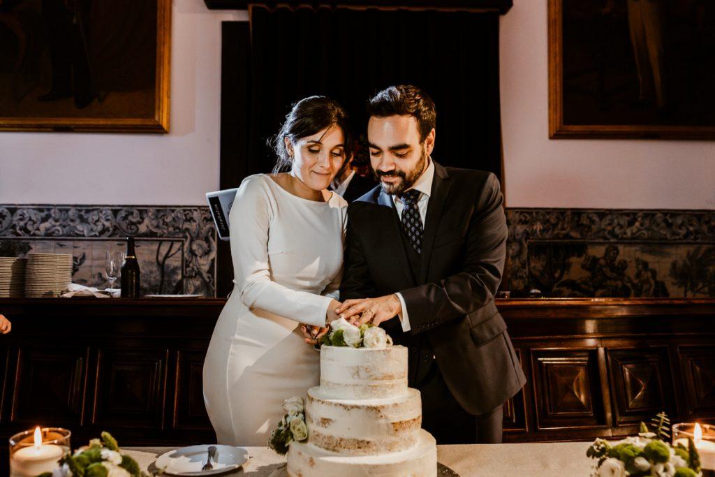 casamento no palacio da cruz vermelha corte do bolo